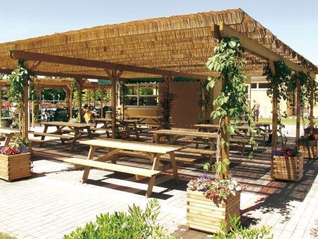 Canne per tettoia profilati alluminio for Canne di bambu per pergolati