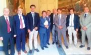 la riunione a Palazzo degli Elefanti per Fontanarossa. Al centro l'assessore regionale Nico Torrisi