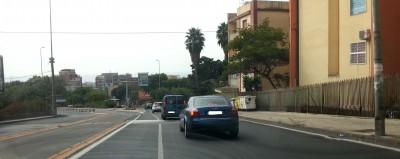 Via Passo Gravina angolo via Petraro. Sulla destra l'ingresso della Cittadella Universitaria
