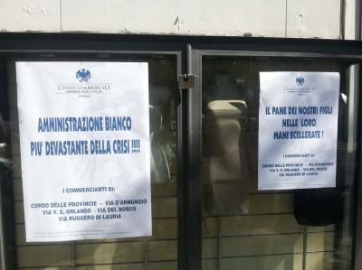 Protesta Confcommercio in via D'Annunzio