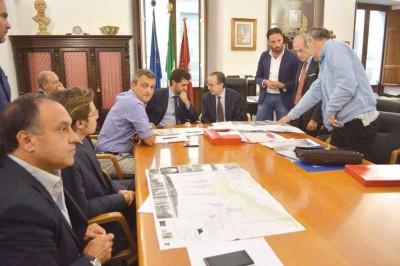 Riunione sulle infrastrutture al Palazzo del Turismo di Acireale