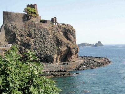 Il palazzo dei Normanni di Aci Castello