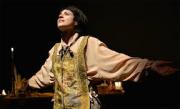 Laura Tornambene è Leonardo al Piccolo Teatro