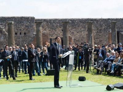 Matteo Renzi in visita a Pompei