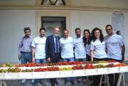 Il rettore Pignataro con gli studenti