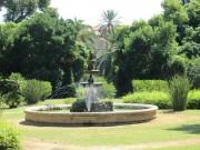 04 A - Villa Malfitano, la fontana 2