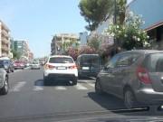 Parcheggio sulle strisce pedonali in viale V. Veneto