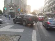 Suv su marciapiede- corso Italia - Olio su tela (ph  Alessio Marchetti su Fb)