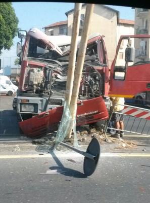 incidente betoniera circonvallazione 01.09.2015