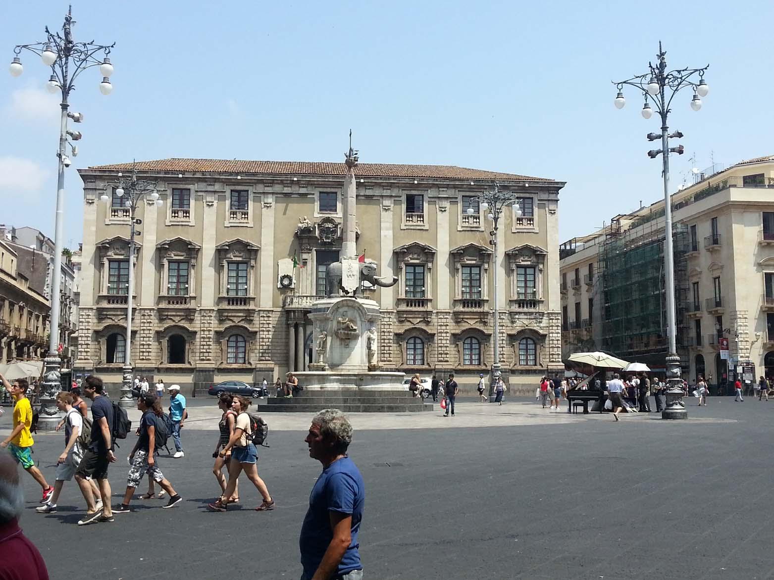 Comune Catania con l'elefante