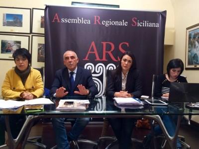Malaponti, Zafarana e Foto alla conferenza stampa di stamattina sul Contratto di Servizio della Regione