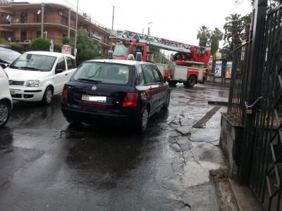 I carabinieri di Aci Castello intervenuti in via Mollica