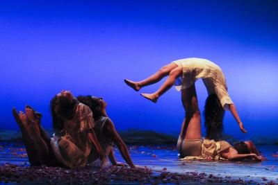 RITAGLIATA - NeonTeatro, Ciati Teatro Verga Siracusa (ph Jessica Hauf)