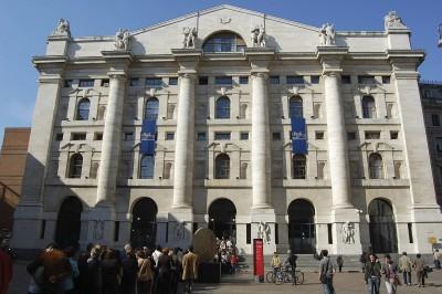 Palazzo Mezzanotte Milano (ph Wikipedia)