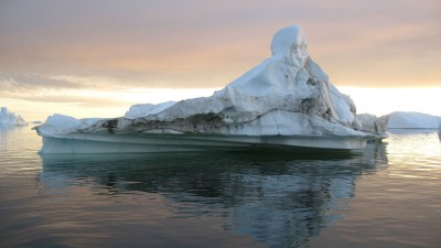1280px-IcebergTwilightIllulissat