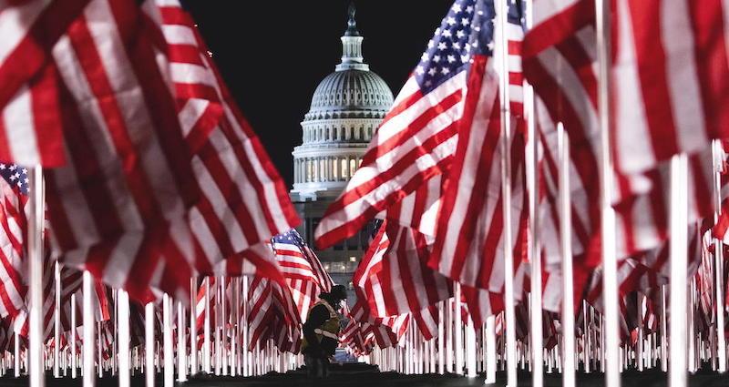 Sfilata delle bandiere per l'insediamento di Biden come 46° presidente degli Stati Uniti d'America