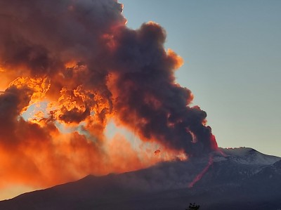 Etna in eruzione 16.02.2021 (fonte web)